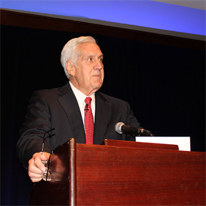 DBA Honors Dick Sayles as Trial Lawyer of the Year at Bench Bar Conference